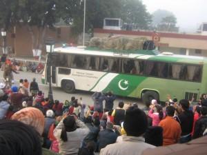 Delhi-Lahore bus